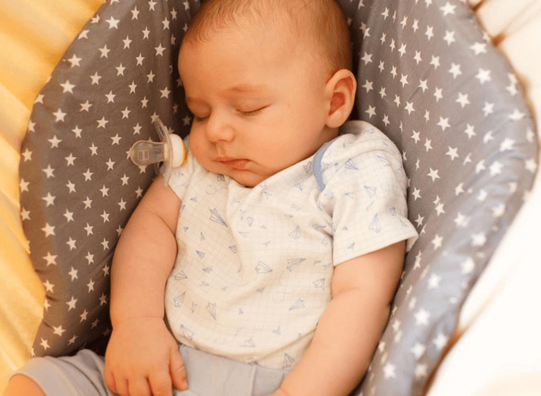 ריפלוקס תינוקות – איך ערסל יכול להקל?