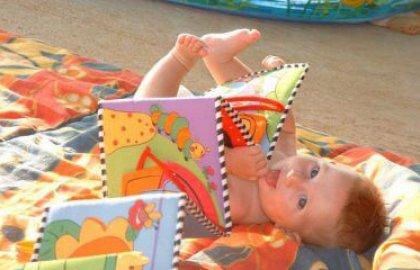 צעצועים התפתחותיים – אחד או שניים בכל פעם וכל המוסיף גורע